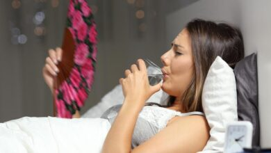 Photo of 6 Best Tips To Manage Hot Flashes and Night Sweats