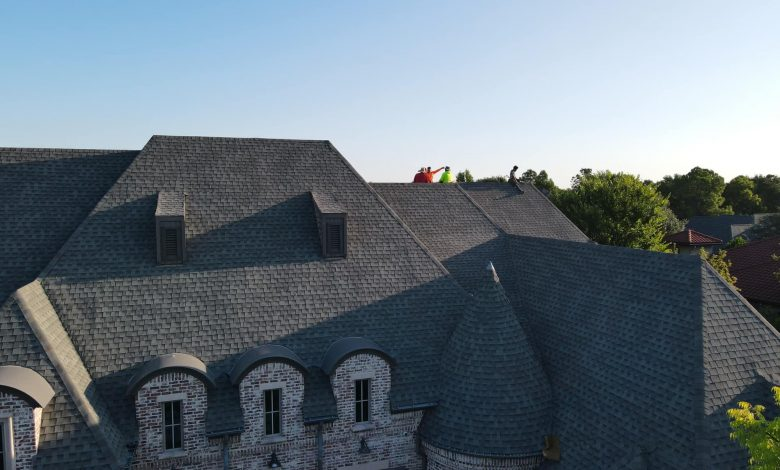 How to choose a local commercial roofing company near Dallas, Tx